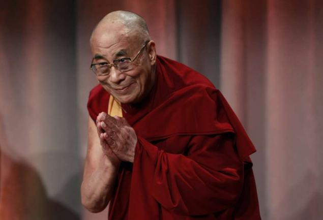 "His Holiness the Dalai Lama: ""It is important to combine study, meditation and reflection""."