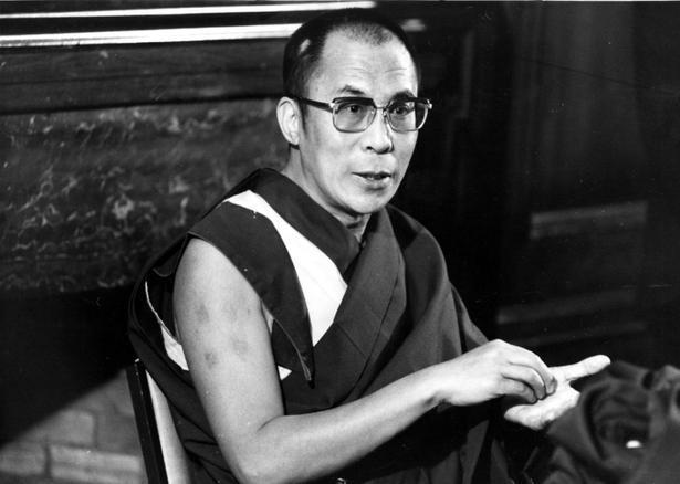 """Sua Santità il Dalai Lama: """"Per superare le azioni negative e le contaminazioni, dobbiamo impegnarci nella pratica di scrutare in noi stessi ammettendo i nostri errori"""""""