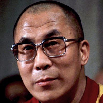 """Sua Santità il Dalai Lama: """"Quando si realizza anche un lieve progresso in questa meditazione, in realtà ci si sente meglio. Si possono fare sogni speciali."""""""