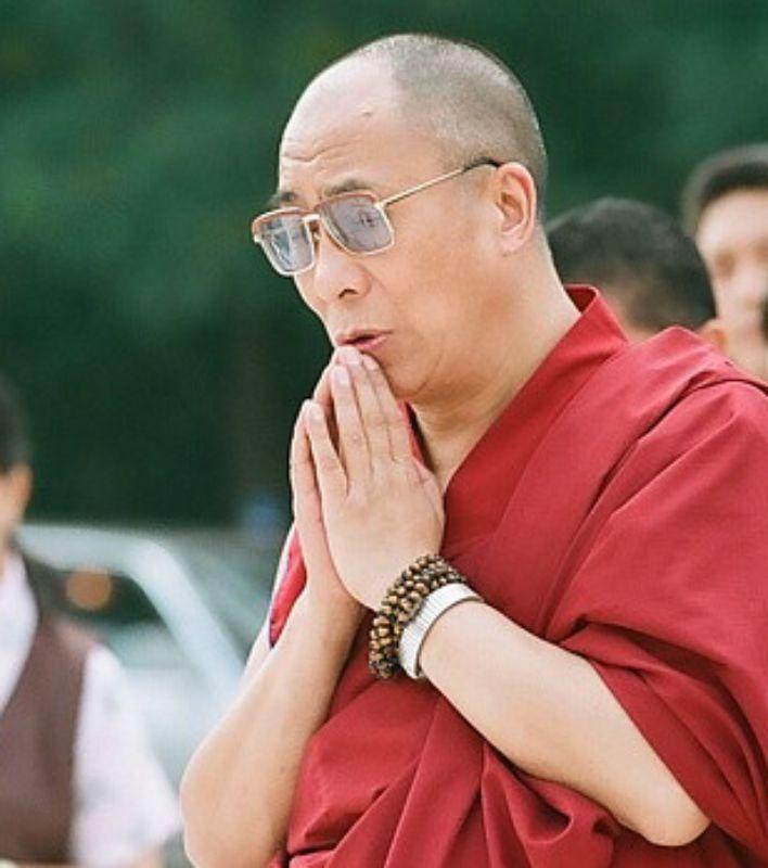 """Sua Santità il Dalai Lama: """"La pena di morte è pura violenza, una violenza barbara e inutile. È anche pericolosa, perché non può portare che ad altre violenze. Come ogni violenza."""""""