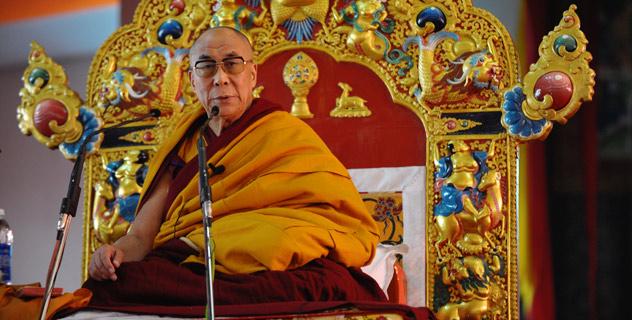 Sua Santità il Dalai Lama: Non è tanto iI rituale a essere importante quanto l'esecuzione delle visualizzazioni.