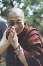 Sua Santità il Dalai Lama: Andare in collera non ha senso. Se il vostro scopo era veramente di punire il vostro nemico fareste bene a restare calmi e riflettere