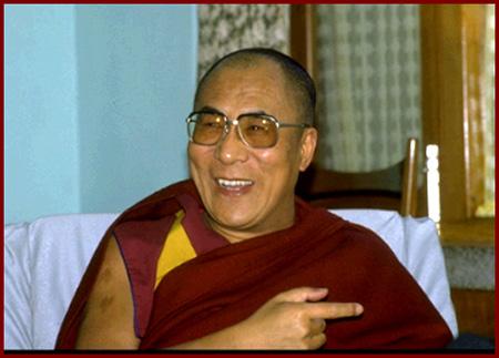 Sua Santità il Dalai Lama: Uno dei modi per coltivare la pazienza è quello di contemplare gli svantaggi di arrabbiarci.