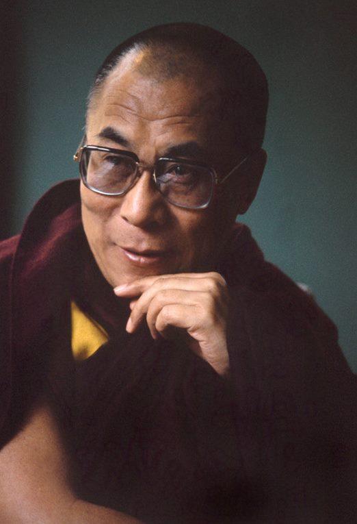 Sua Santità il Dalai Lama: L'arroganza che potrebbe essere generata dalla prosperità 'non permane' se si è saggi.