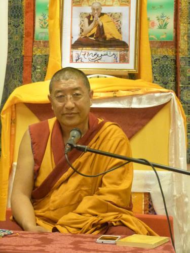 Gheshe Lobsang Tenkyong: Ognuno di noi è responsabile di se stesso, ognuno è responsabile di costruire il proprio cammino interiore e sviluppare le proprie qualità interiori.