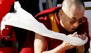 L'offerta della kata indica che la richiesta non sottintende pensieri corrotti o secondi fini.