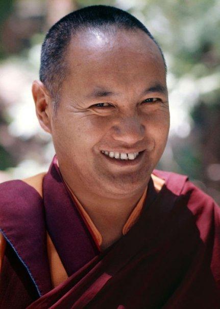 Lama Yeshe: E' estremamente importante rifiutare ogni tipo di concezione settaria.