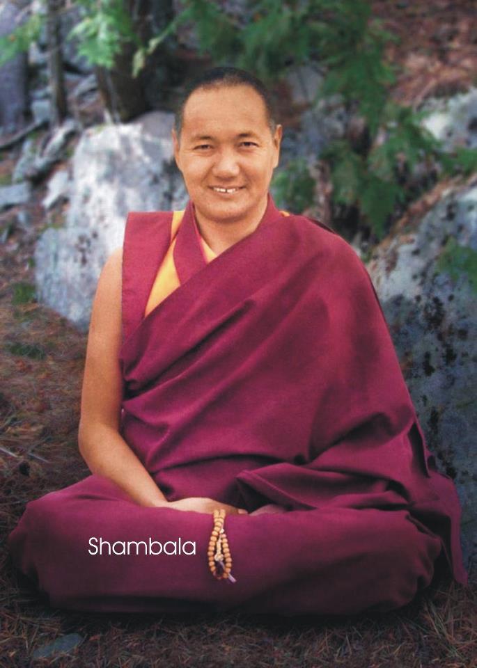 """Lama Thubten Yeshe: """"Se il vostro percorso vi insegna ad agire e ad esercitarsi correttamente e conduce a realizzazioni spirituali come l'amore, la compassione e la saggezza, ovviamente ne vale la pena."""""""