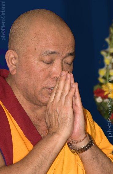 Ven. Ghesce Tenzin Tenphel: L'amore e la compassione vanno nutriti. Coltivare amore e compassione costa poco.