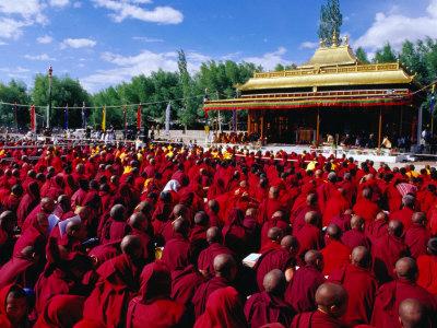 Buddha Shakyamuni stesso disse alle persone di non seguire i suoi insegnamenti con una fede cieca, ma di esaminarli attentamente prima di accettarli.