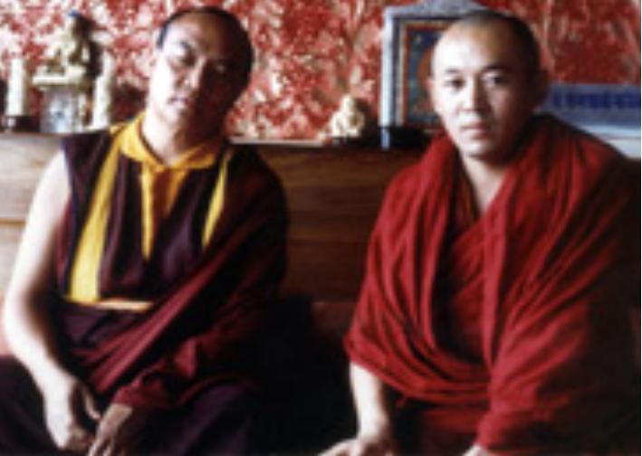 Sua Santità Drikung Kyabgon Chetsang Rinpoche con Sua Santità il XVI Karmapa