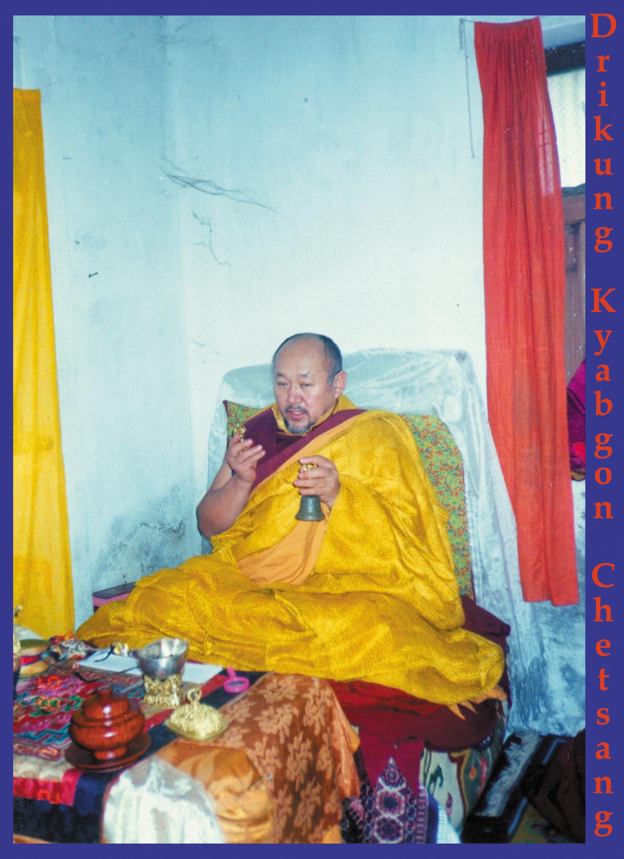 Sua Santità Drikung Kyabgon Chetsang Rinpoche in ritiro.