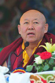 Sua Santità Drikung Kyabgon Chetsang Rinpoche: il movimento della mente.