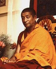 Ghesce Rabten Rinpoche: Quello che dai medici occidentali è assunto come il punto di morte, non è veramente tale fino a quando la coscienza e l'energia sono dentro il corpo.