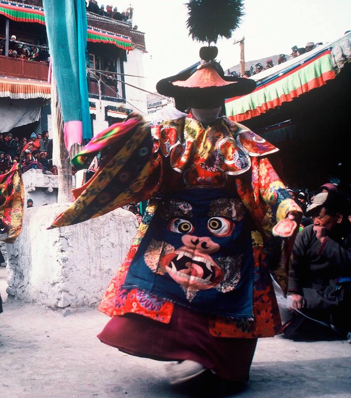 Patrul Rinpoche: Dal momento che la minima condotta positiva causa enormi benefici, non si deve sottovalutare alcuna buona azione.