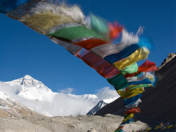 Patrul Rinpoche: Il vero maestro guida sapientementelepersone ordinarie bisognose del suo aiuto.