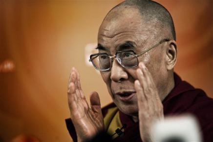 """Sua Santità il Dalai Lama: """"sono convinto che esistono dei metodi pratici per liberarci dalle emozioni pericolose, quelle che portano ai conflitti ed alla guerra""""."""