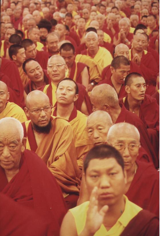 decine di migliaia di monaci tibetani al Kalachakra di Amravati India 2006