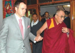 His Holiness the Dalai Lama warmly welcomed at Leh airport by Chief Minister Omar Abdullah