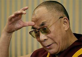 """Sua Santità il Dalai Lama: """"Tutti gli esseri viventi sono uguali agli esseri umani nel possedere il diritto alla felicità""""."""