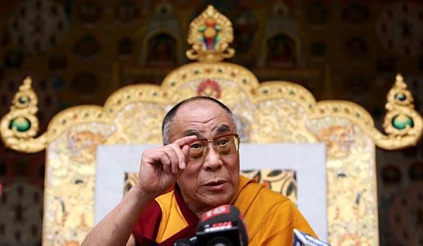 """Sua Santità il Dalai Lama Kalachakra Washington DC: """"A causa dell'attaccamento non possiamo vedere obiettivamente gli altri""""."""