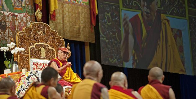 """Sua Santità il Dalai Lama: """"Lo stato di Buddha non lo realizziamo grazie all'intercessione di altri, ma solo sulla base di cause e condizioni""""."""