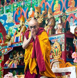 """Sua Santità il Dalai Lama Kalachakra Washington DC: """"Un maestro di grande esperienza può introdurre la natura di chiara luce ad un allievo qualificato """"."""