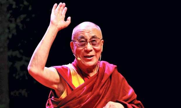 Sua Santità il Dalai Lama: Cosa significa essere buddisti del 21 secolo? Significa conoscerne i testi ed il significato, conoscere cos'è il Budda, il Dharma e Sanga, non limitandoci a considerare la religione come mera tradizione.