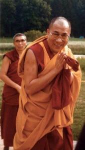 Sua Santità Tenzin Gyatso il 14° Dalai Lama del Tibet e' la reincarnazione di Cenresi Avalokitesvara, il Buddha della Compassione