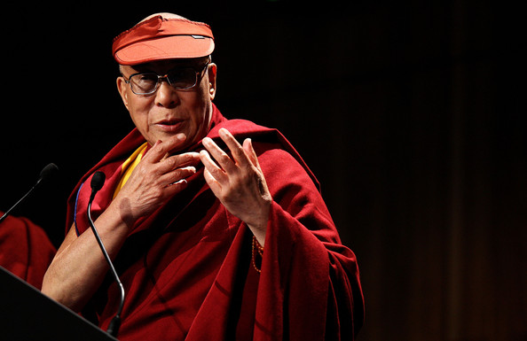 Sua Santità il Dalai Lama: Il terzo giro della ruota del Dharma contiene il Tathagatagarbhasutra che descrive l'innato potenziale di illuminazione che si trova in noi, la nostra natura di Buddha.