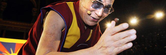 Sua Santità il Dalai Lama: Se portiamo avanti la ricerca di una certa concezione oggettiva. Se abbiamo un presupposto che vogliamo dimostrare a tutti i costi, questo è errato. Prima si cerca di interpretare, capire la realtà, senza volere a tutti i costi dimostrare un presupposto precedente.