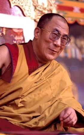 """Sua Santità il Dalai Lama: """"Il nostro benessere interiore dipende dalla nostra capacità di sviluppare amore, compassione ed altruismo"""""""