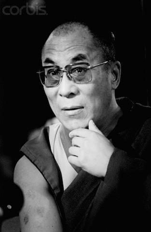"""Sua Santità il Dalai Lama: """"I veri cambiamenti sono lenti e impercettibili. """"."""