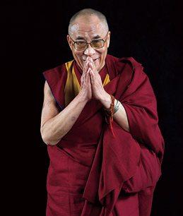 Sua Santità il Dalai Lama:Ritengo ci siano diversi paralleli tra le discipline della scienza moderna – fisica, chimica eccetera – e alcuni concetti buddisti.