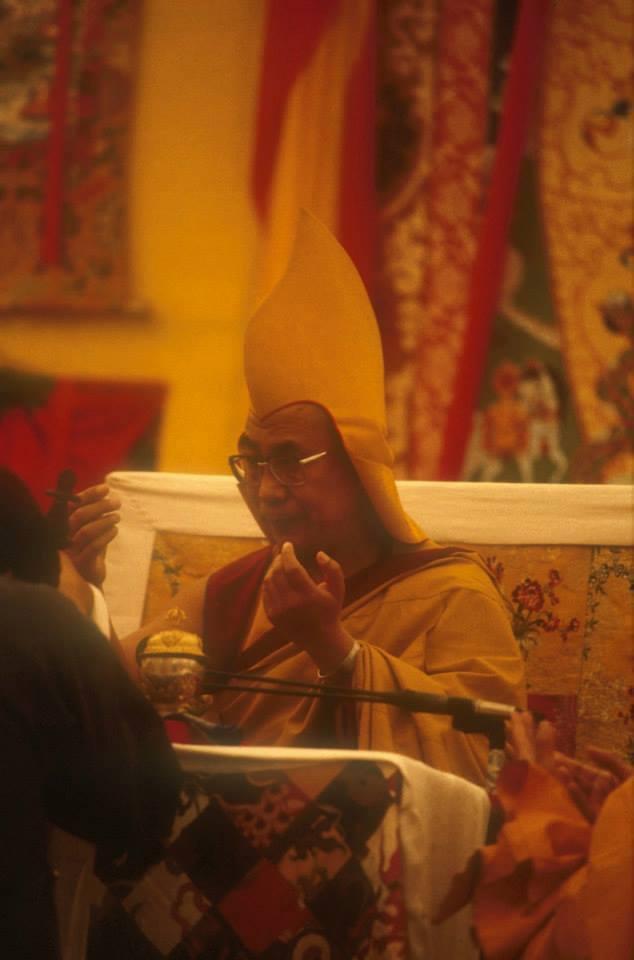 Sua Santità il Dalai Lama: Buddha insegnò, a coloro che considerano questo corpo come qualcosa di piacevole, che in realtà si tratta di sofferenza